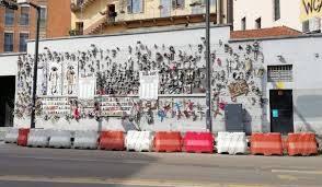Distrutta a Milano l'installazione simbolo dei femminicidi