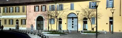 No all'apertura della libreria Altaforte a Cernusco sul Naviglio
